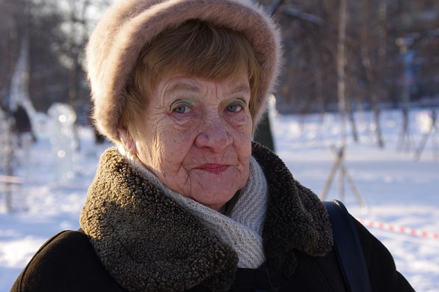 grandma-499167_640